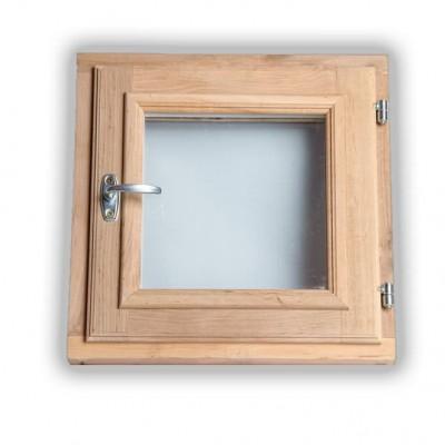 Деревянное окно классическое для бани
